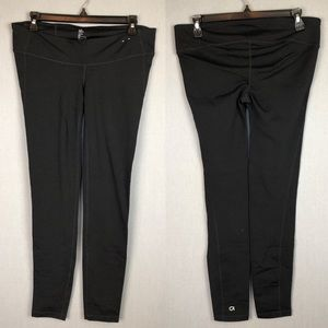 Gap Fit Maternity black leggings new without tags